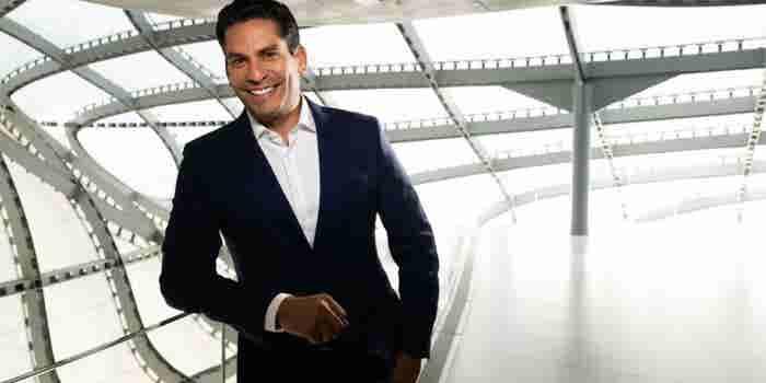 'El Larry King latino' comparte 3 claves para crear una marca personal