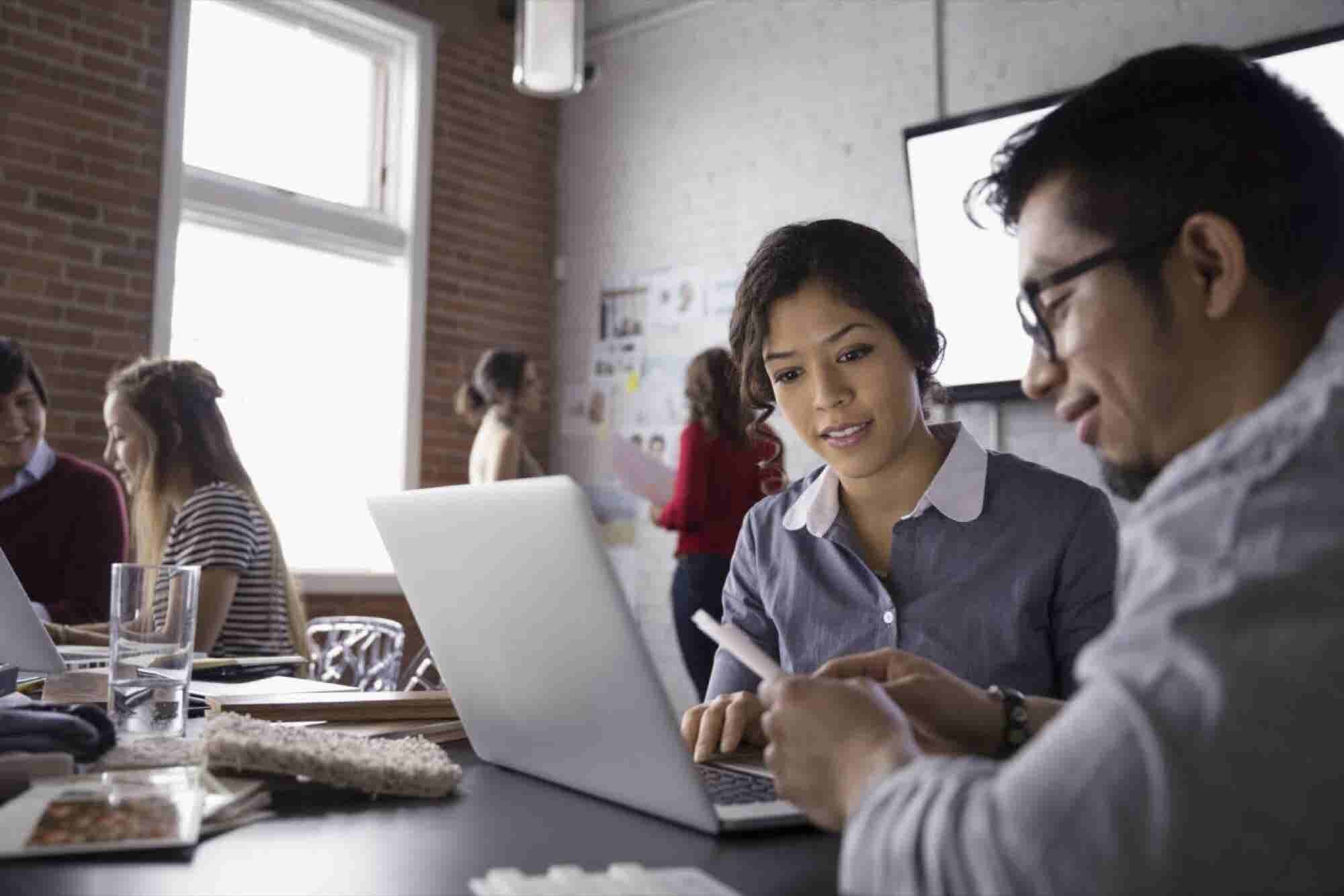 4 Successful Ways Businesses Need to Adapt to a Growing Hispanic Demog...