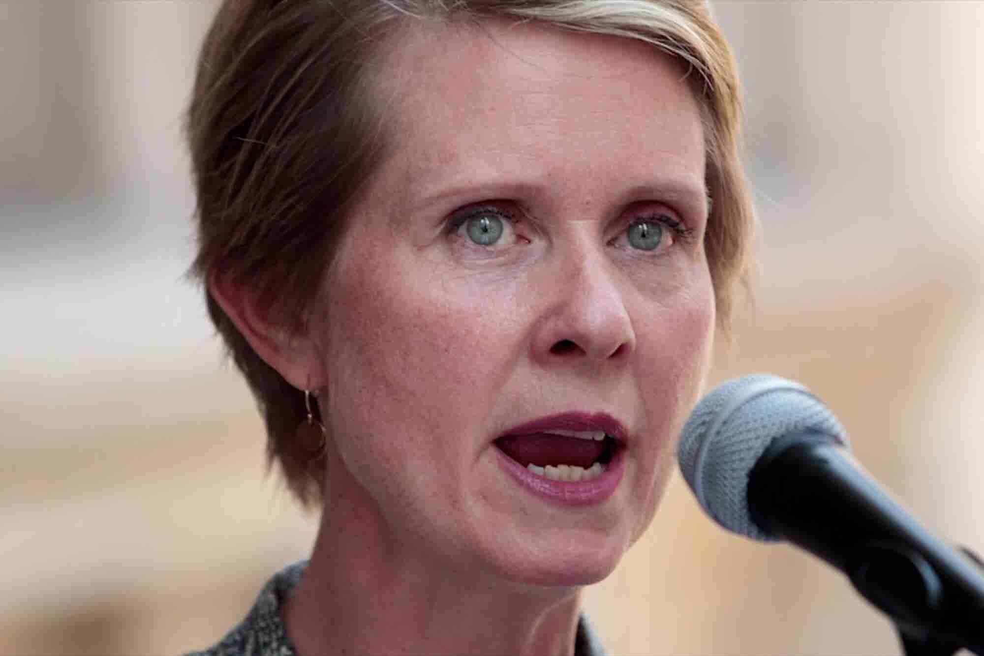 This Week in Weed: We Celebrate National Dab Day and Cynthia Nixon Raffles Off a Bong
