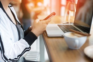 How Businesses Can Use Mobile Marketing to Their Advantage (Infographic)
