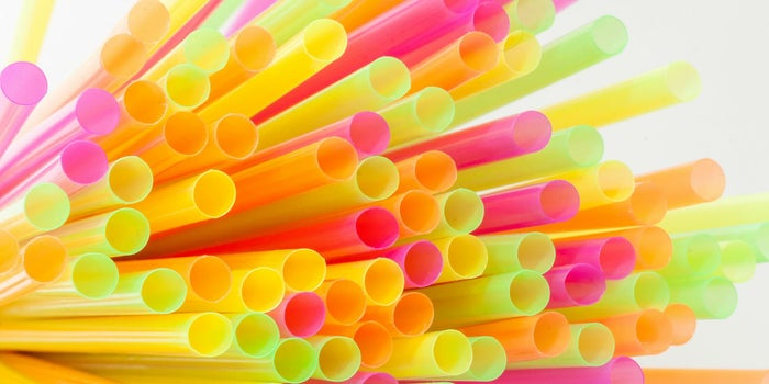 No usar popotes no es la solución: industria del plástico