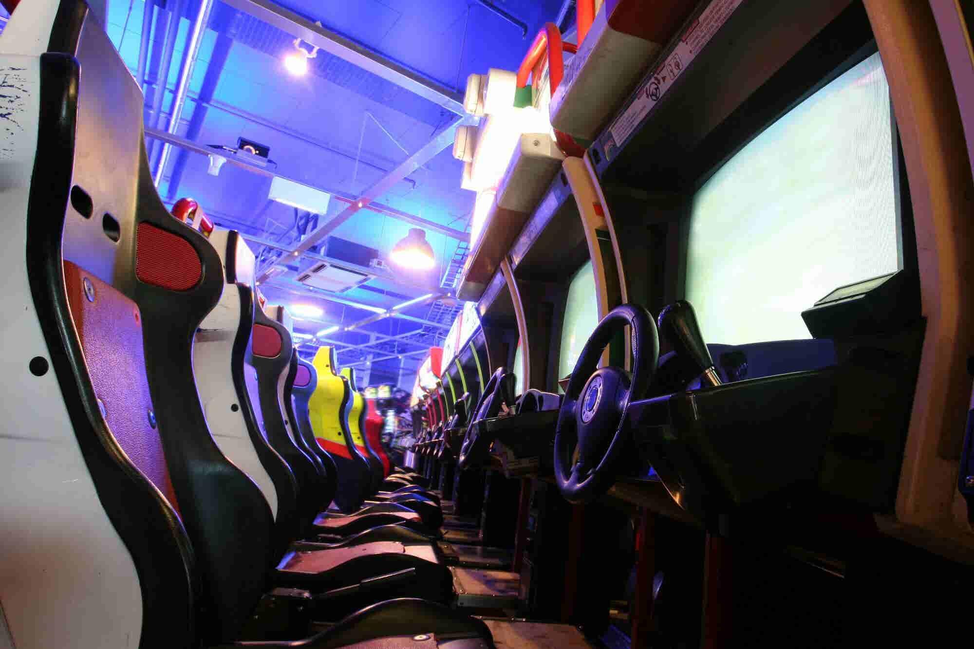 ¿Quieres conquistar a los millennials? Apuesta por el modelo retro de un arcade bar