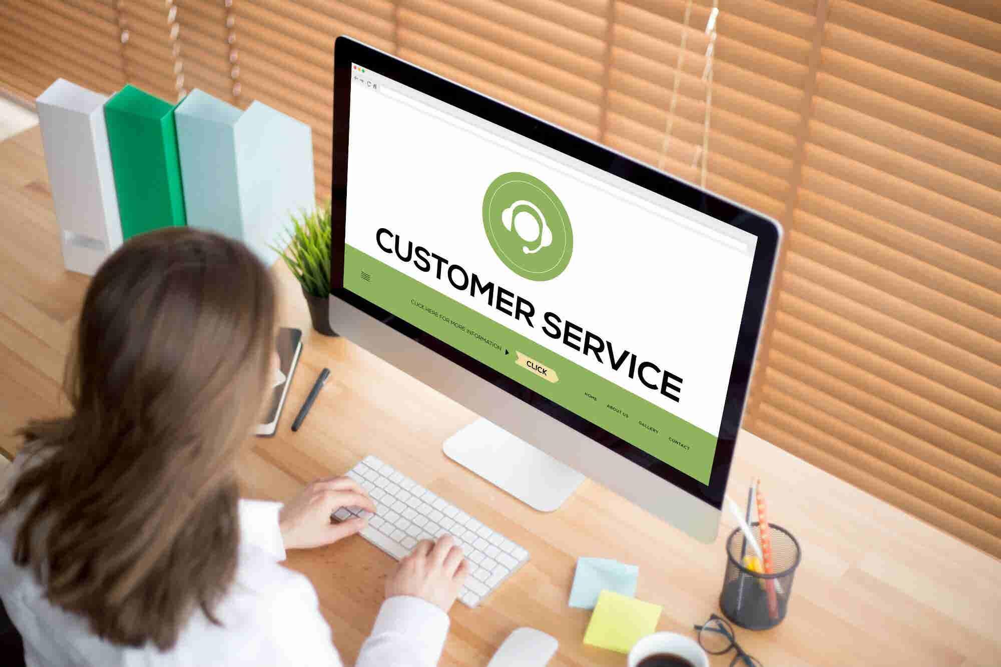 La importancia del servicio al cliente, dentro y fuera de una pantalla