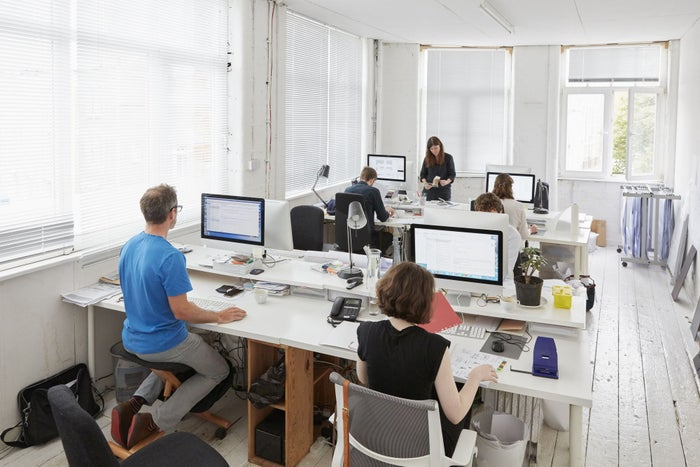 Geliebte The Surprising Reason Why an Open Office Space May Not Be Great @AJ_45
