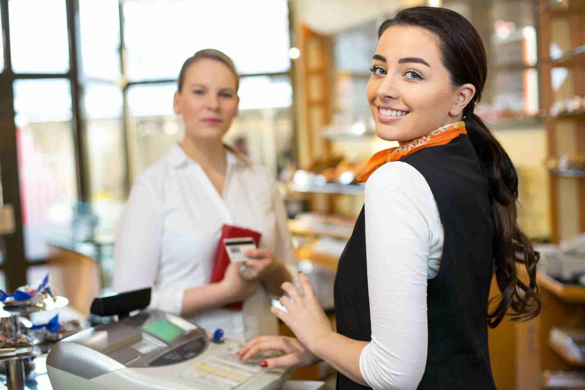 Infografía: 5 pasos para mejorar la experiencia del cliente