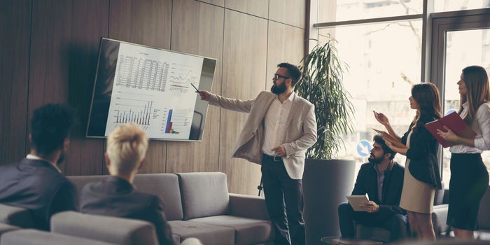 7 Steps to Build a Winning Sales Culture