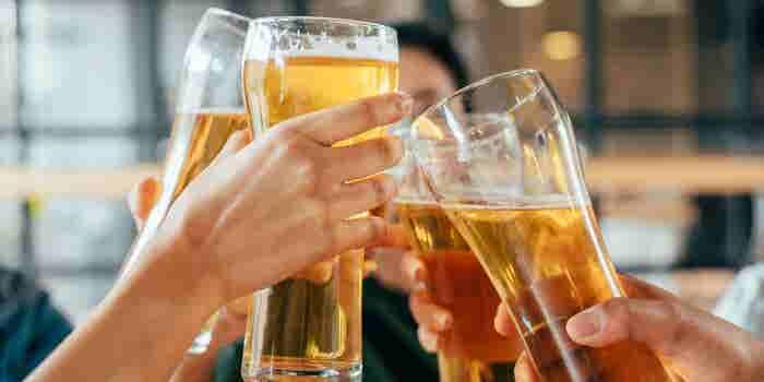 La cerveza hidrata (y otros mitos alimentarios veraniegos)