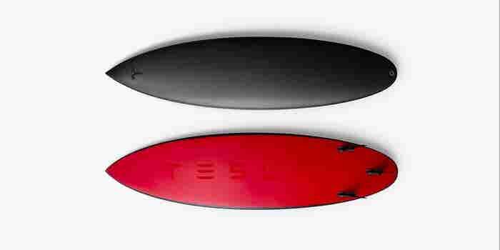 Tesla lanza una tabla de surf de 1,500 dólares