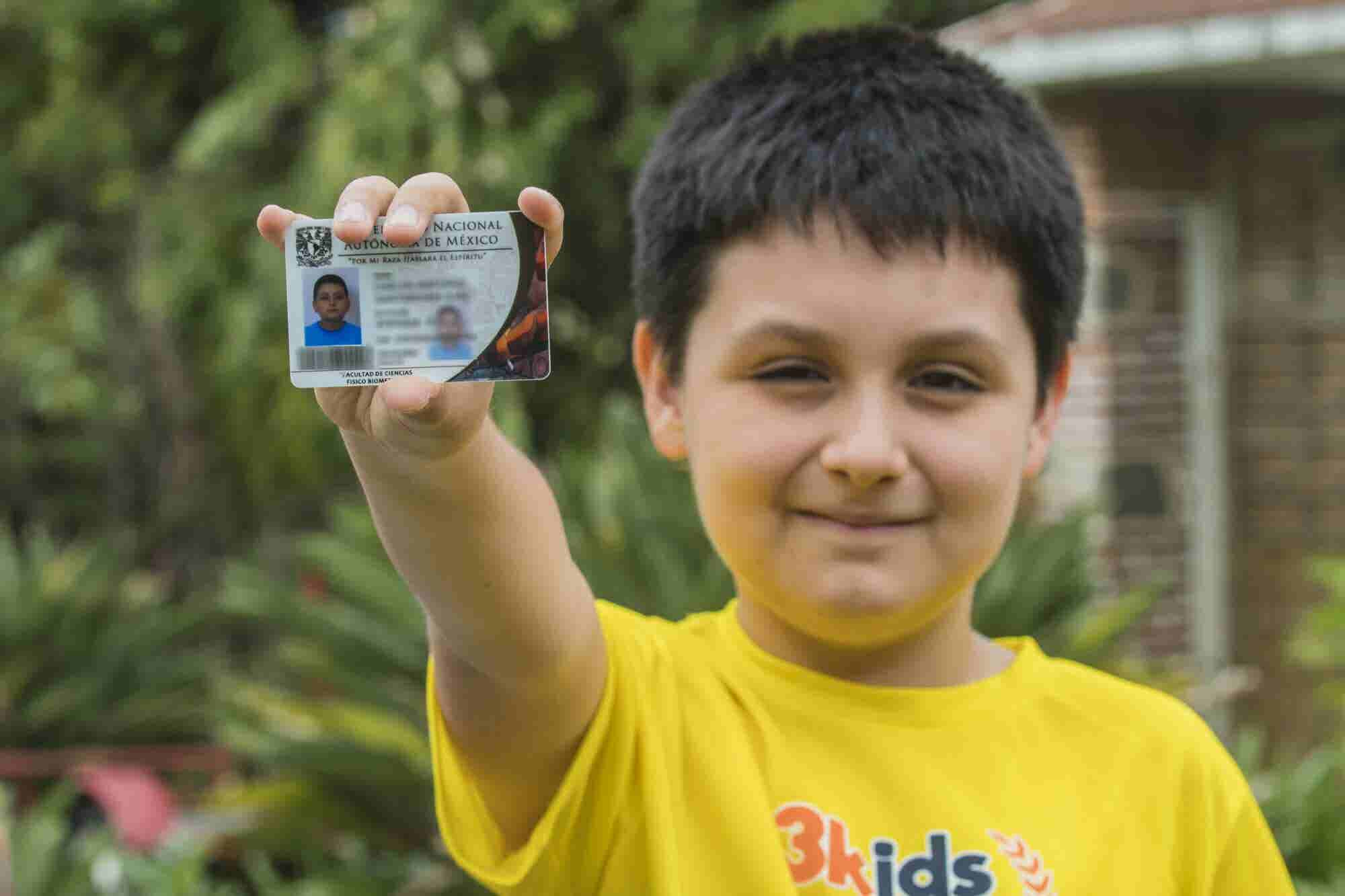 El niño de 12 años que será alumno de la Facultad de Ciencias de la UN...