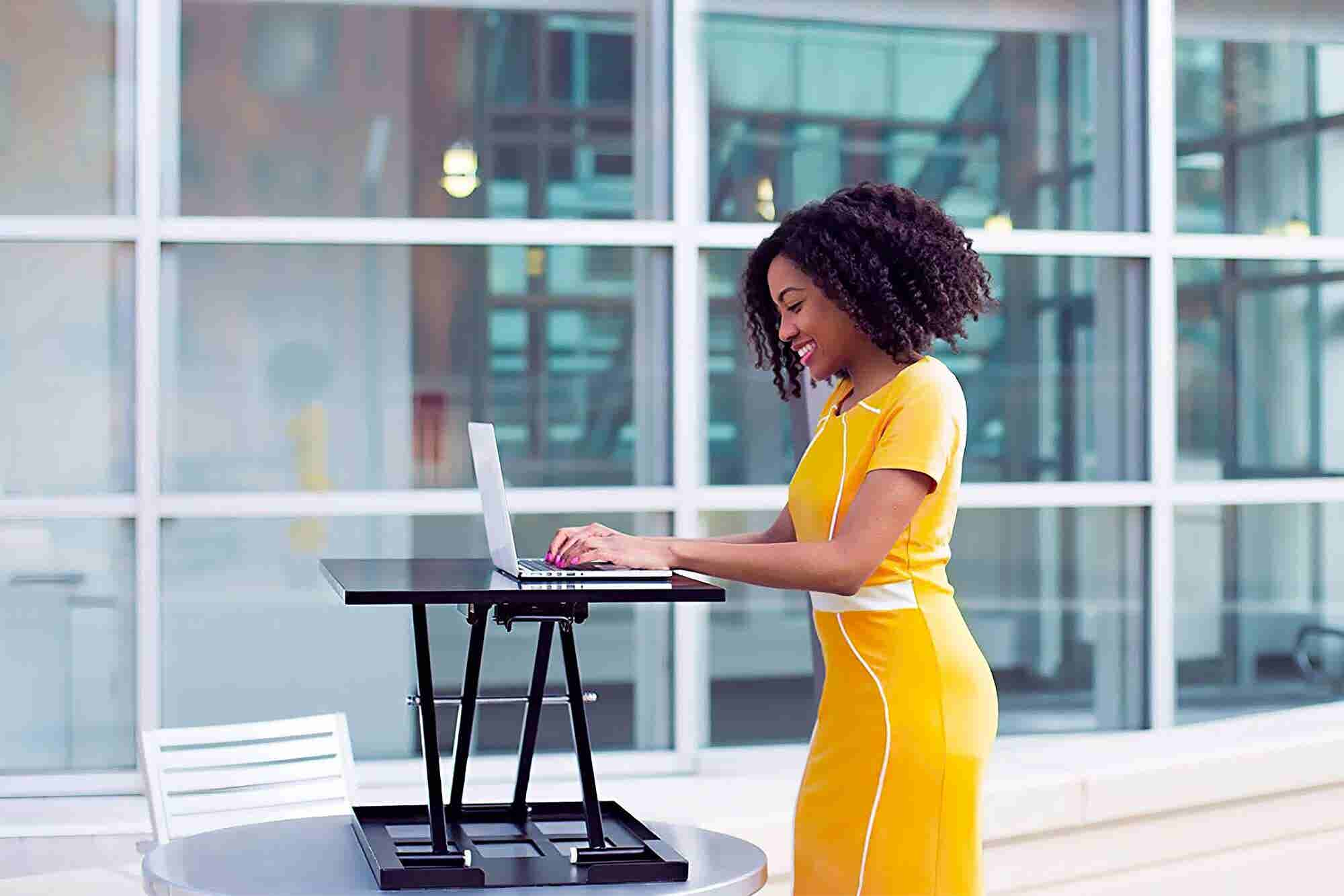Tired of Sitting at Work? Try These 5 Top-Rated Standing Desks.