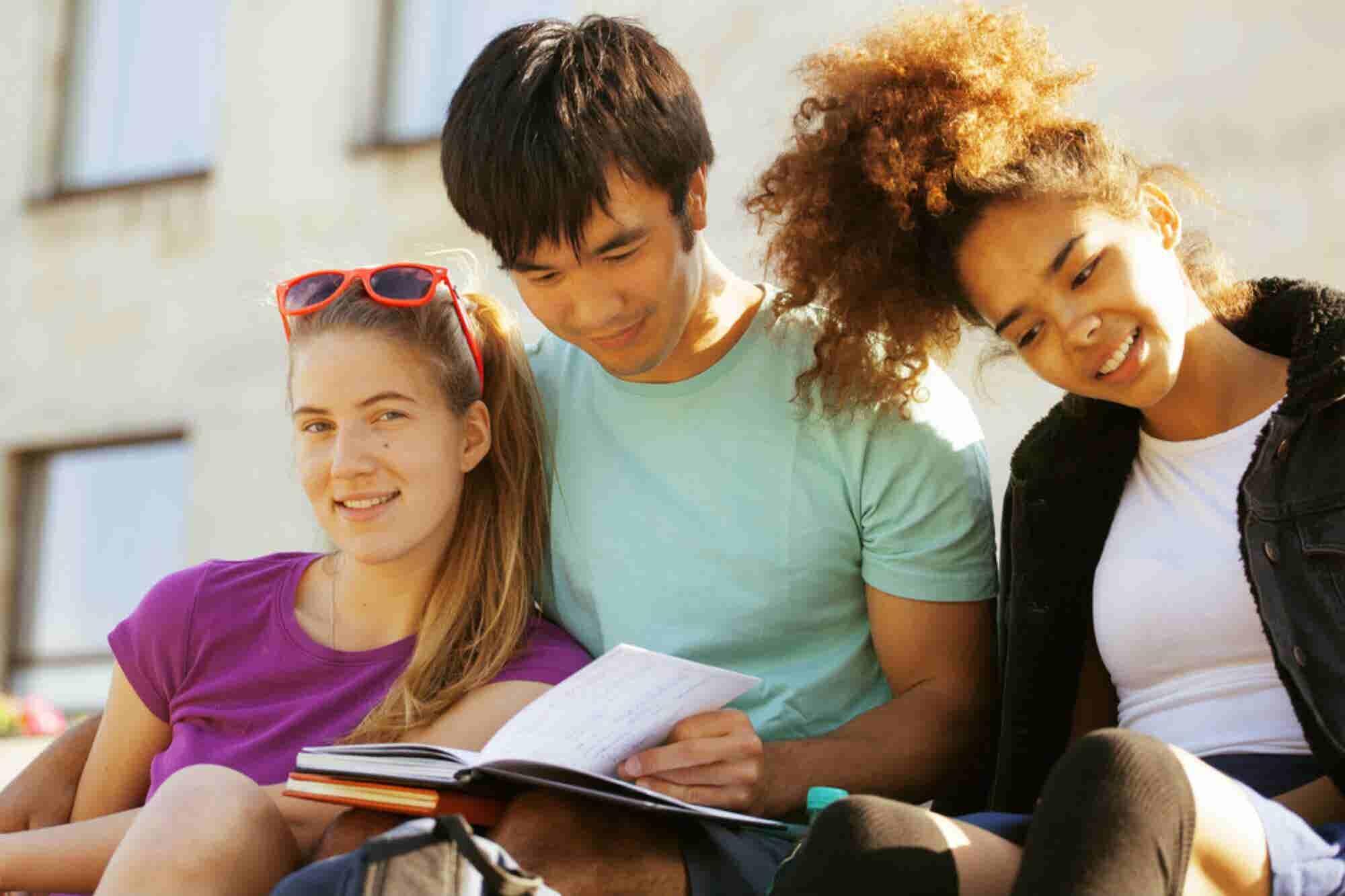 ¿Quieres aprender un idioma en el extranjero? Aquí van algunas recomendaciones