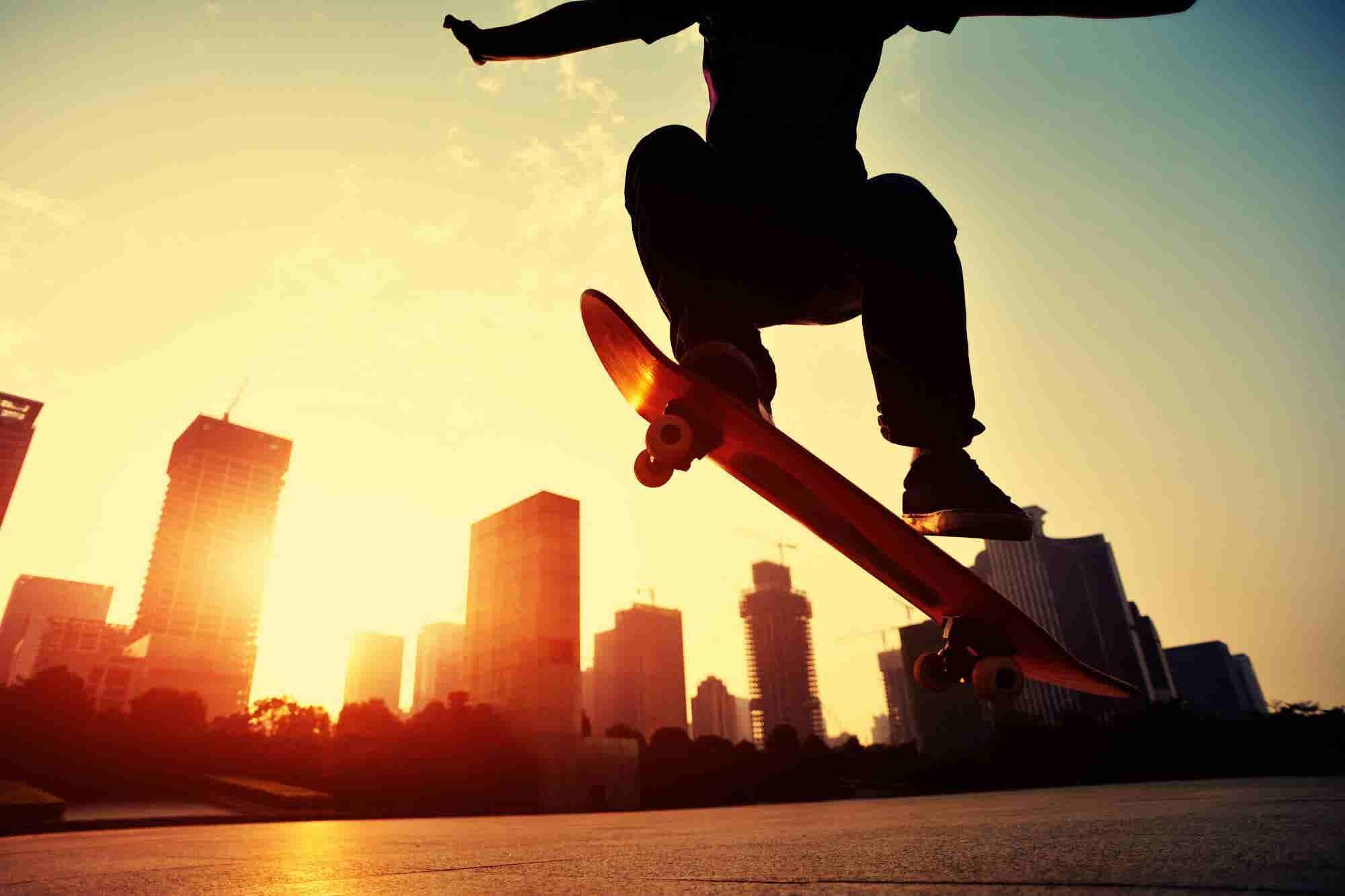 VIDEO: La patineta es una nueva oportunidad de negocio