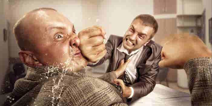 ¿Conflictos en el trabajo? Cómo que tu equipo de ventas se 'saca los ojos'