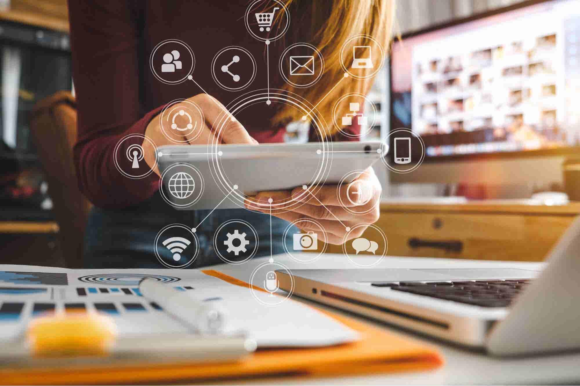 How Digital Leadership Inspires Staff Productivity