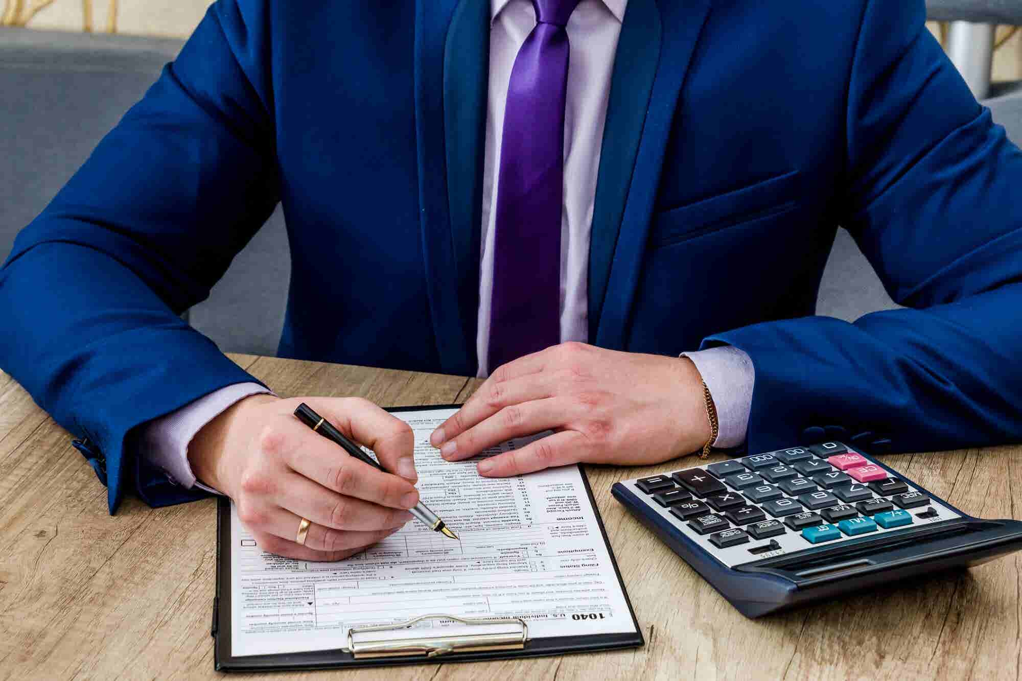 How Entrepreneurs Can Significantly Reduce 2018 Taxes by Choosing the...