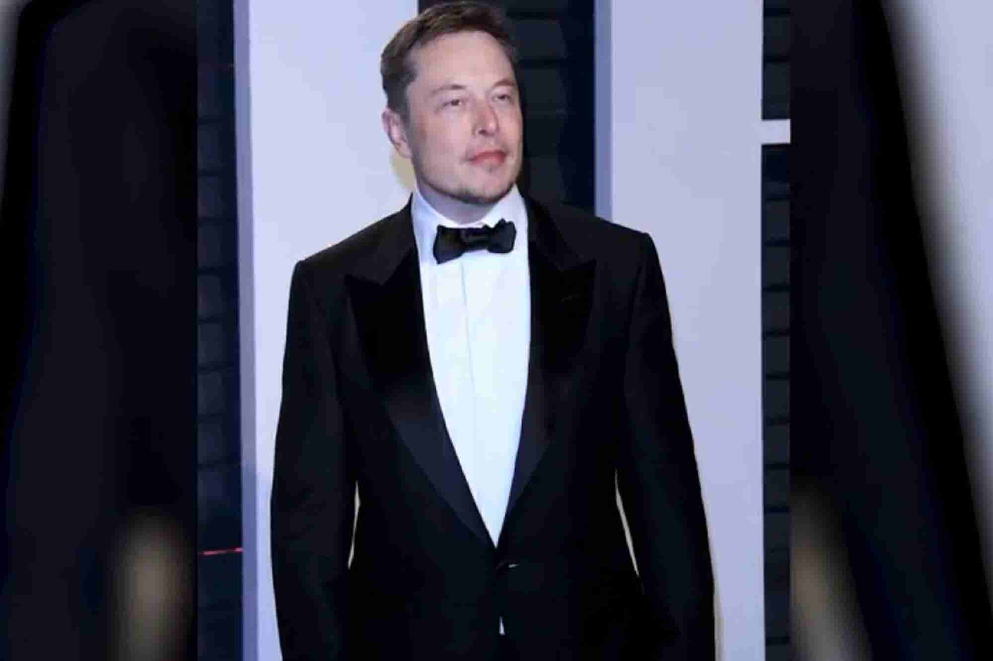 Can Elon Musk Save Himself & No Google For China Yet: 4 Things to Know Today