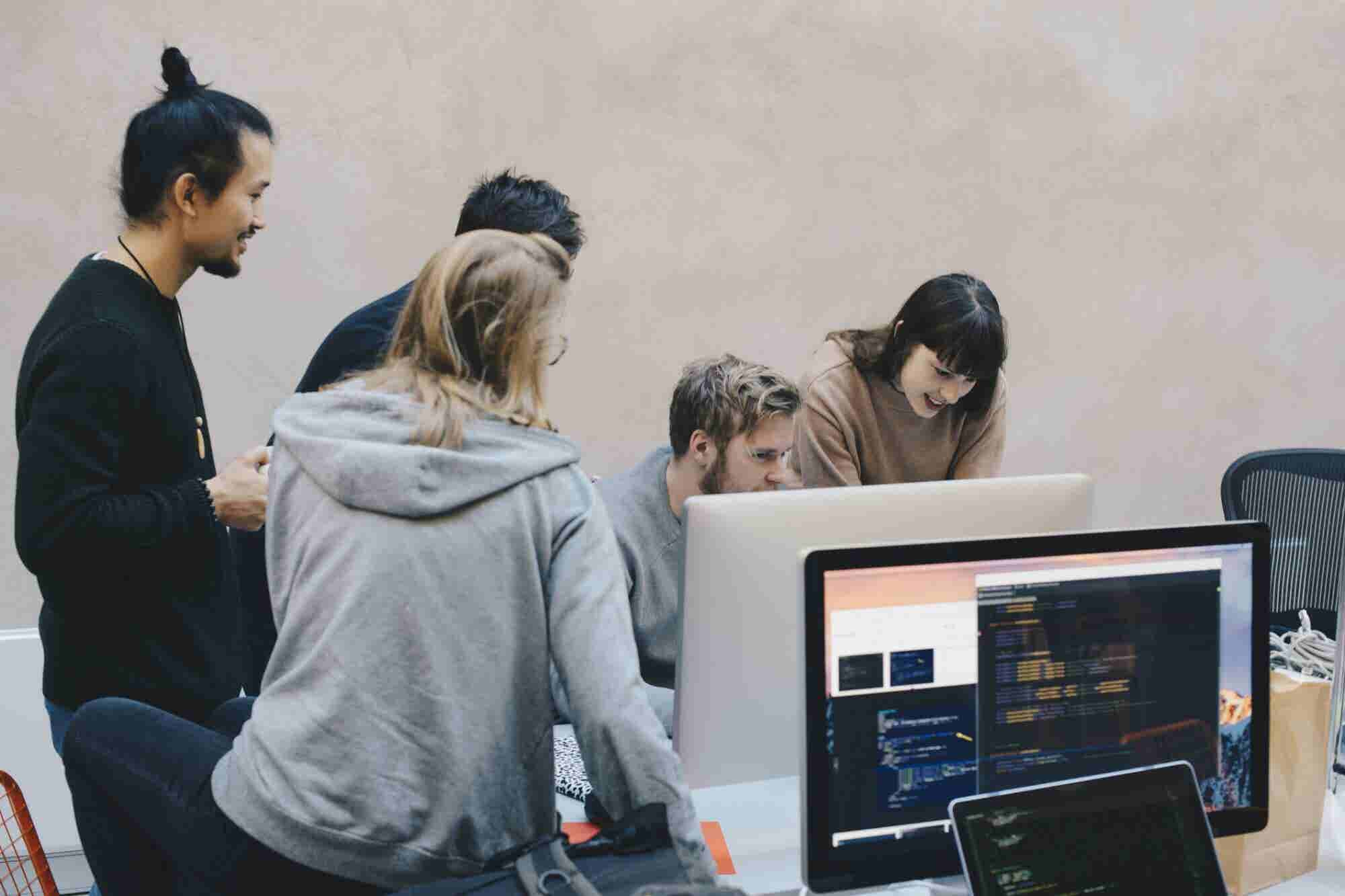 4 Building Blocks of the In-House Data Science Team You Need