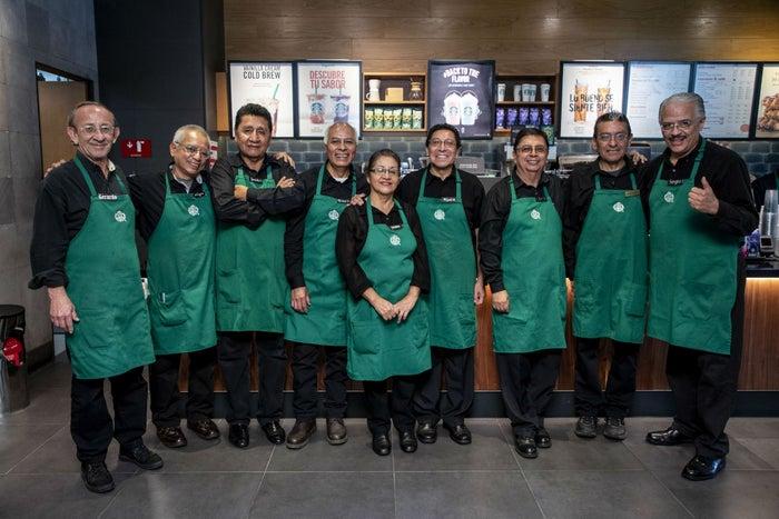Starbucks abrirá su primera tienda en México operada completamente por adultos mayores