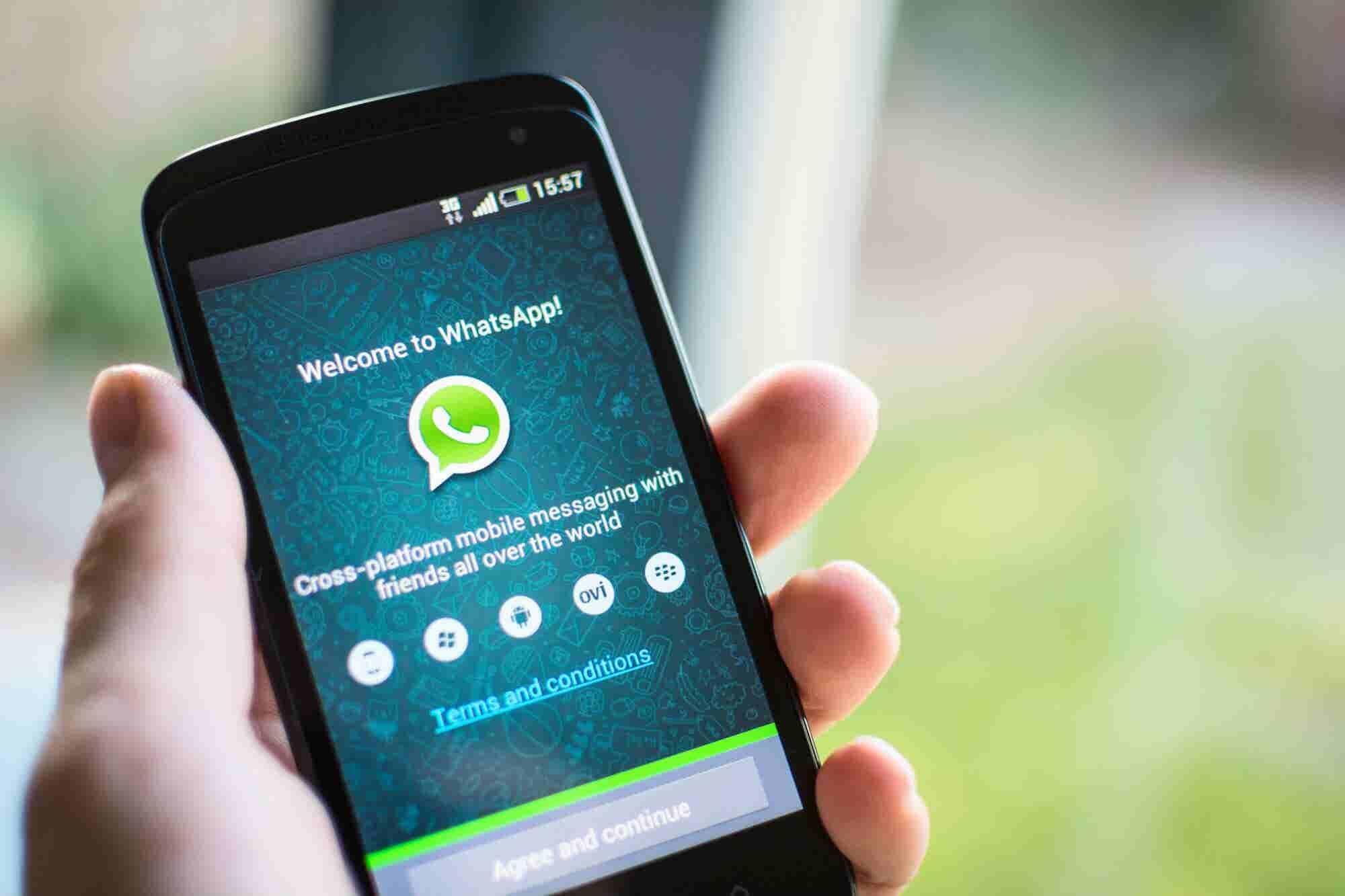Ya podrás usar Whatsapp para atender mejor a tus clientes. Te decimos...