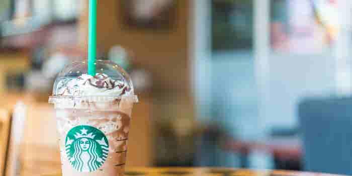 Starbucks se pone a dieta: le bajará el azúcar a su frapuccino
