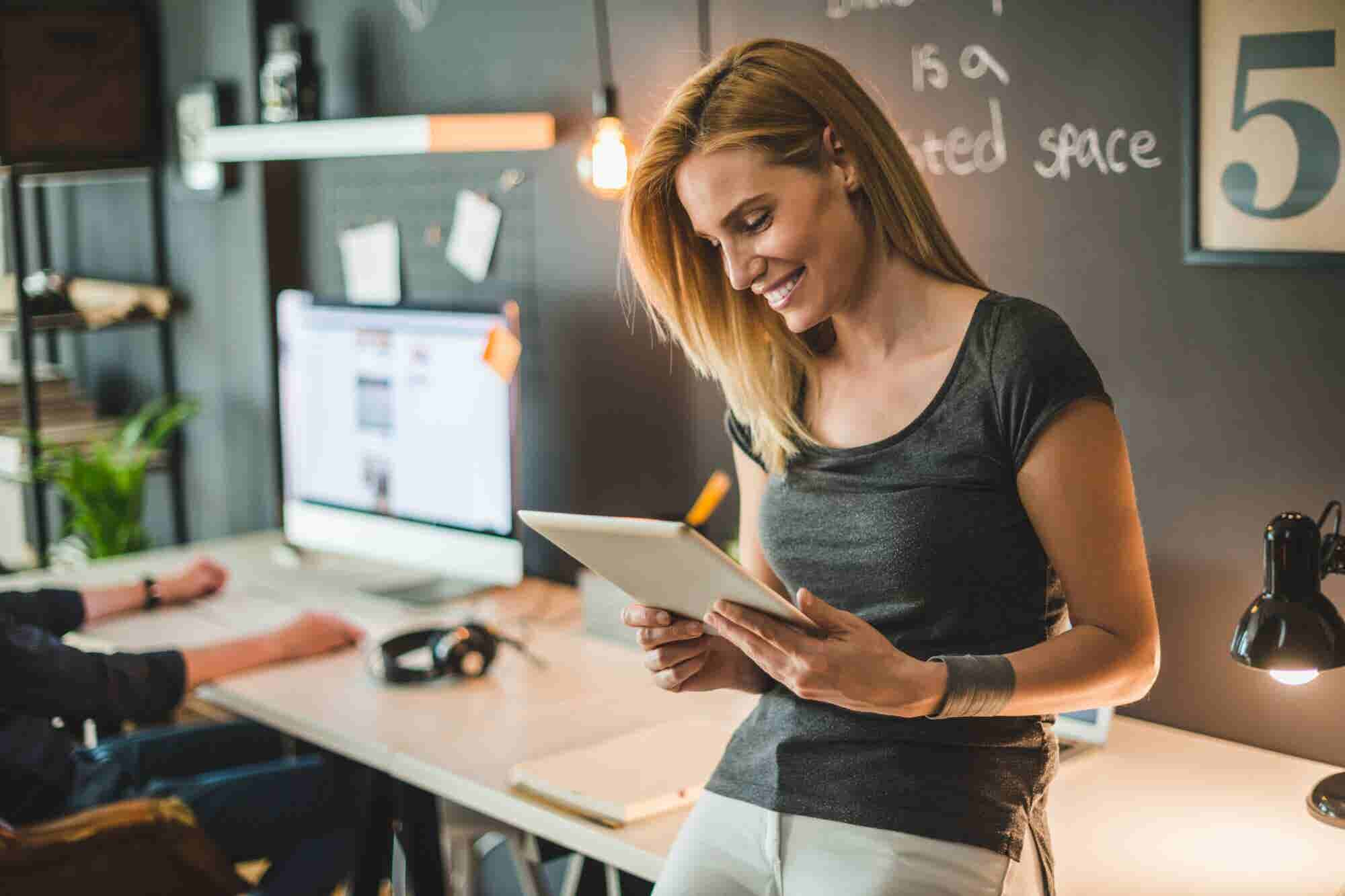Women: Here's How to Overcome Your Fear of Your Personal Brand