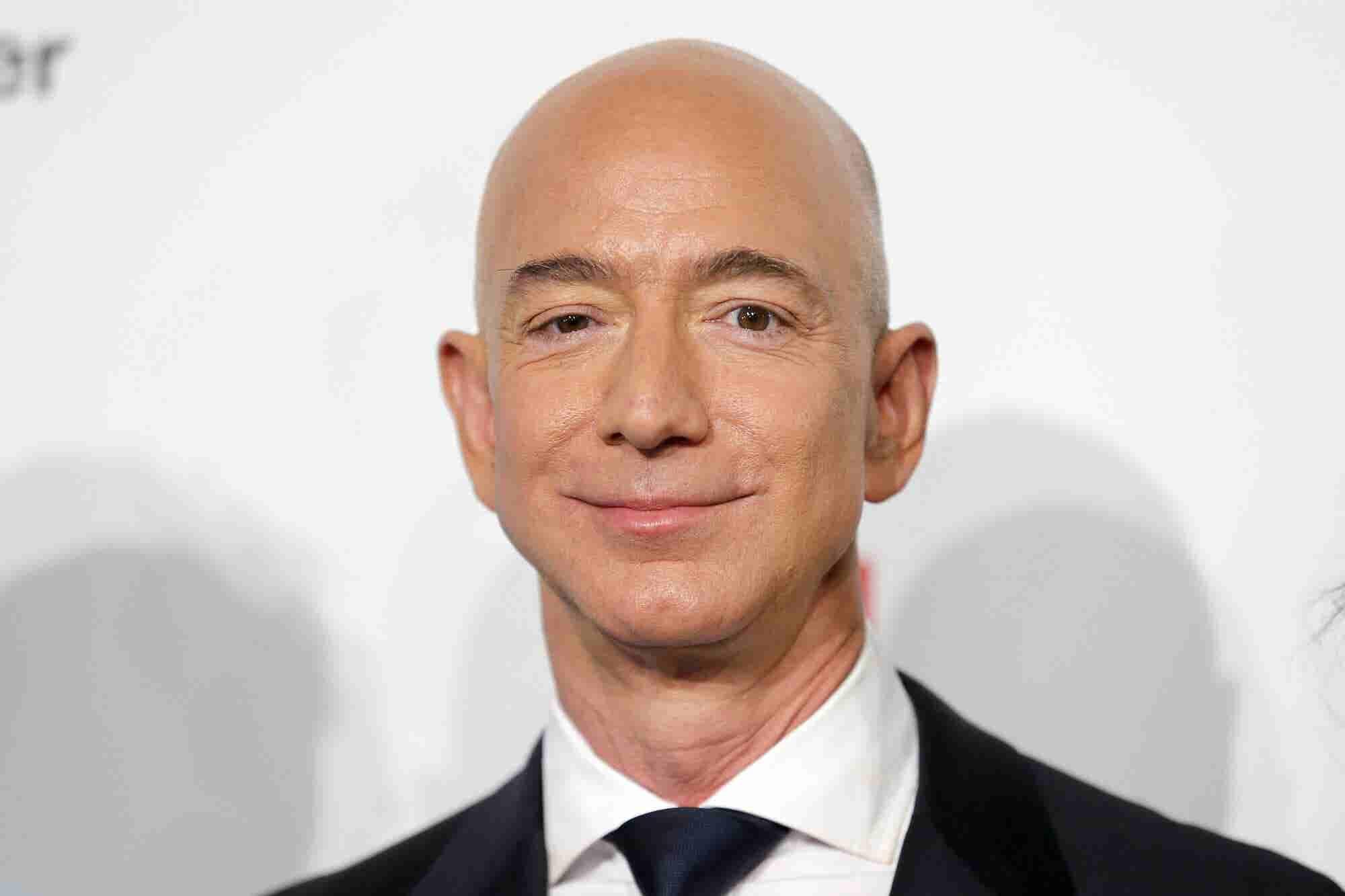 The Formula Jeff Bezos Uses to Identify Great Ideas