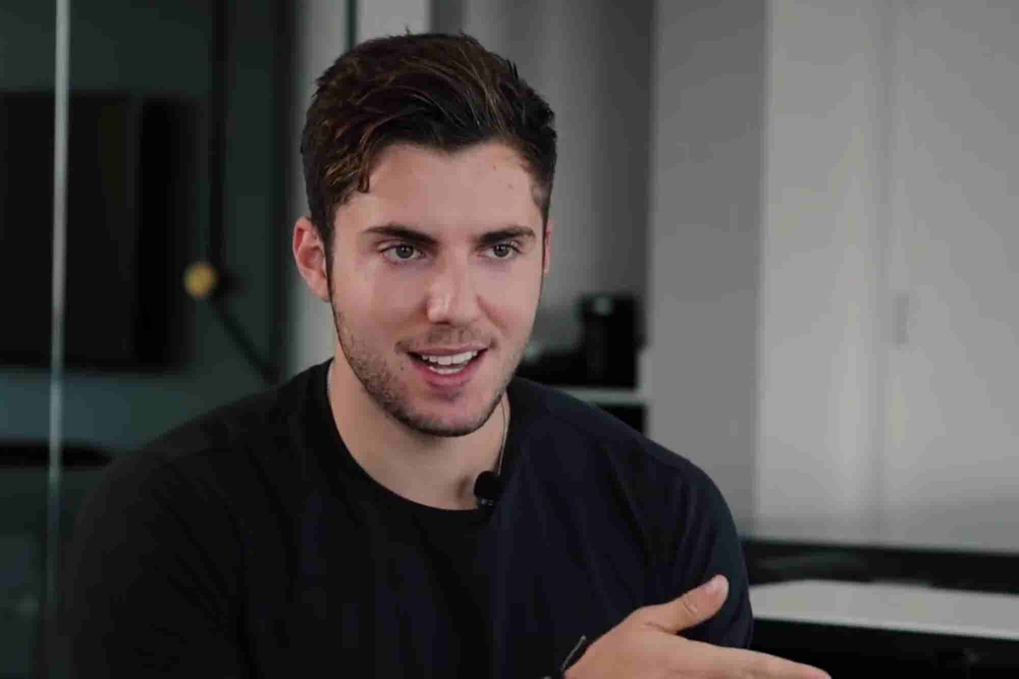 How This Influencer Overcame His Teenage Struggles to Become...