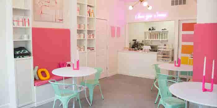 ¡Abre una cafetería kawaii!