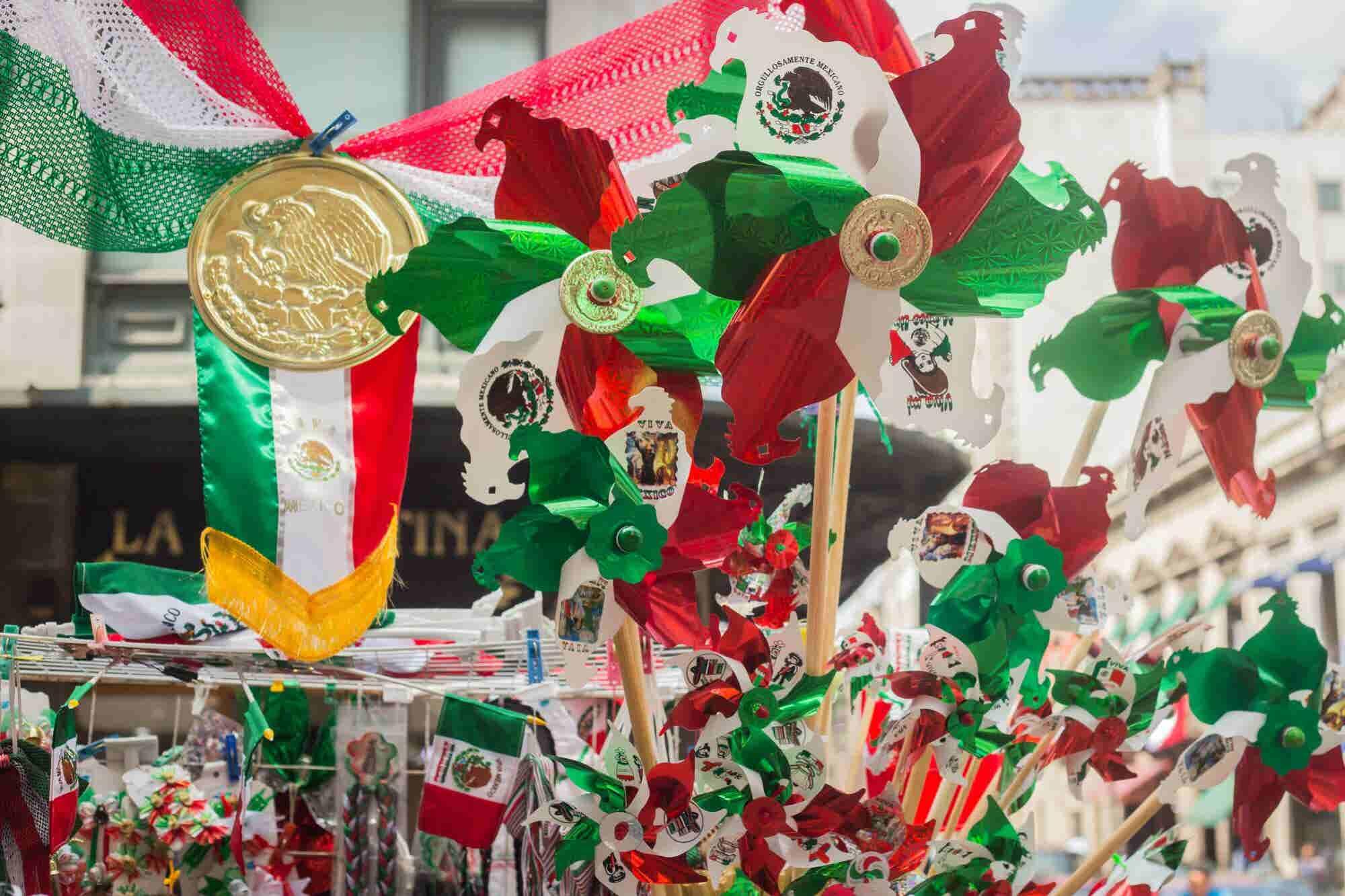 ¡Cuida tu cartera en las fiestas patrias!, los mexicanos gastarán 11% más este 2018