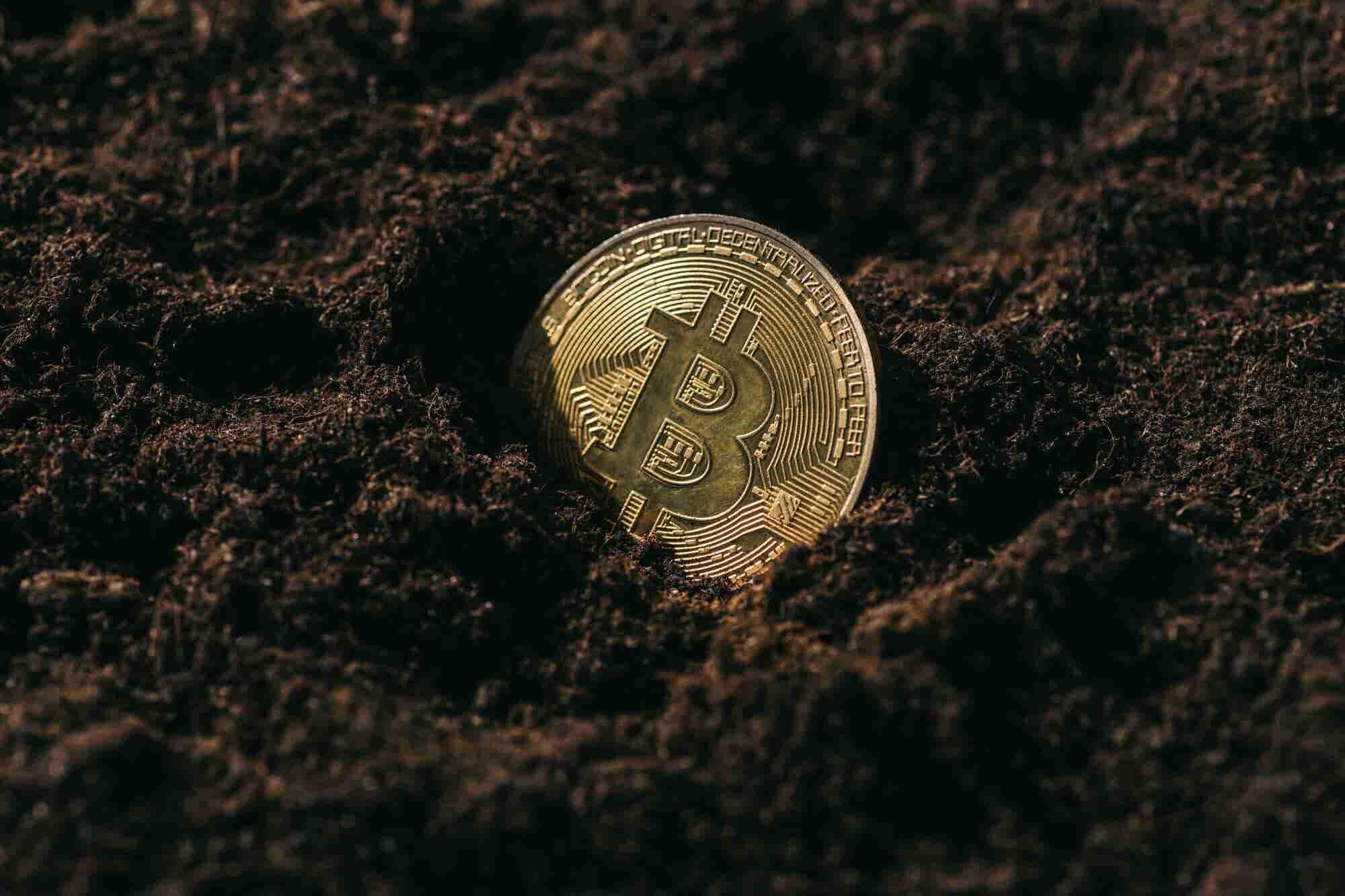 El misterio se profundiza: desaparecen todas las bitcoins de una criptobolsa tras la muerte de su creador