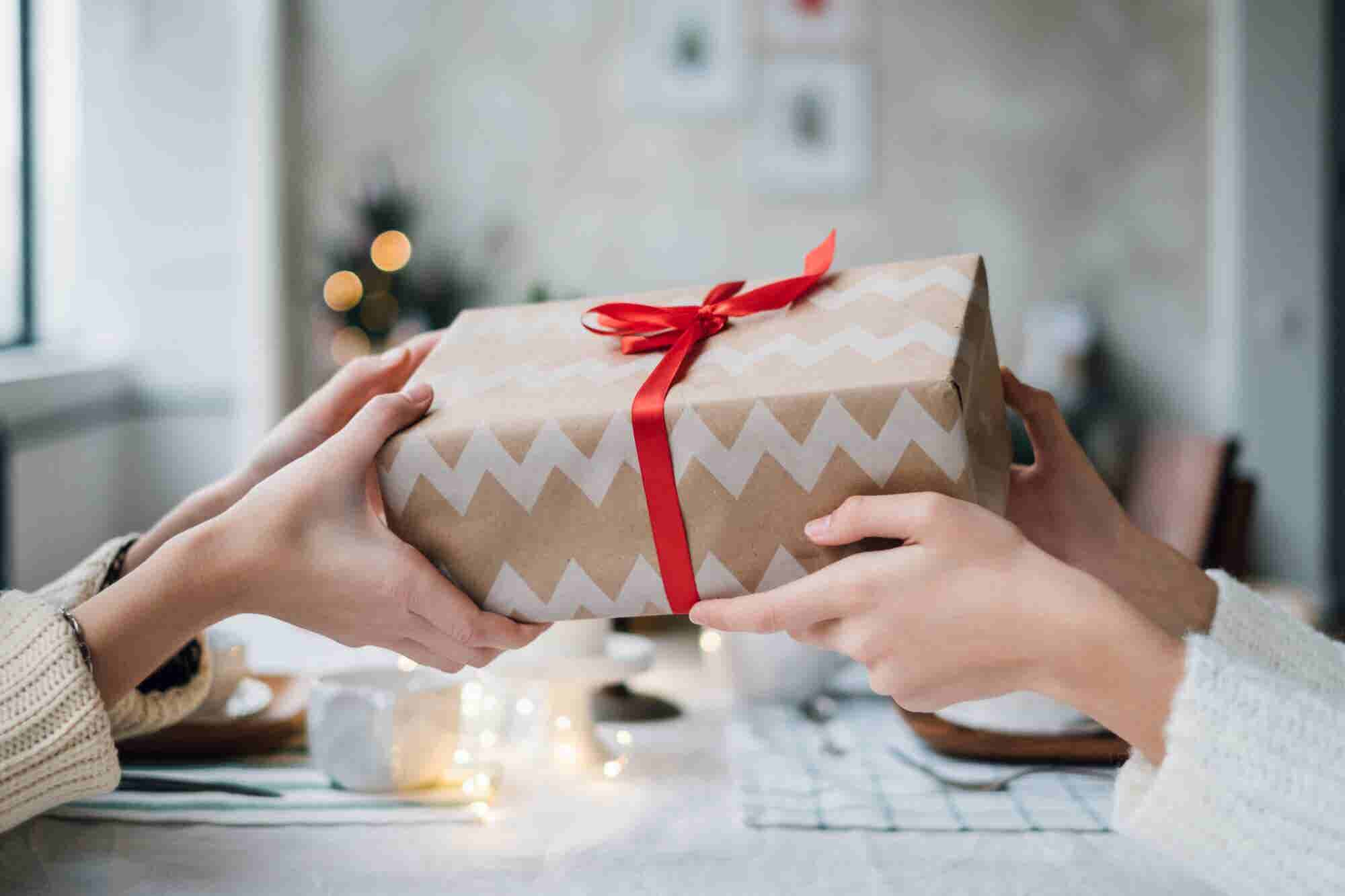 6 Things to Consider for Putting Together Your Best Holiday Marketing Plan Yet