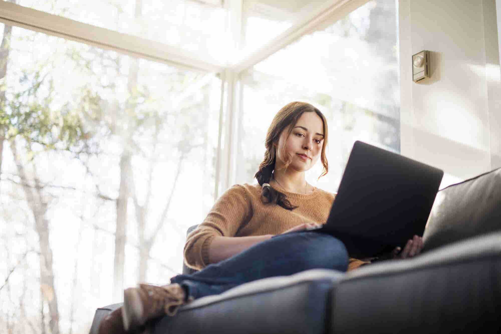 How to Stay Motivated Working Remotely