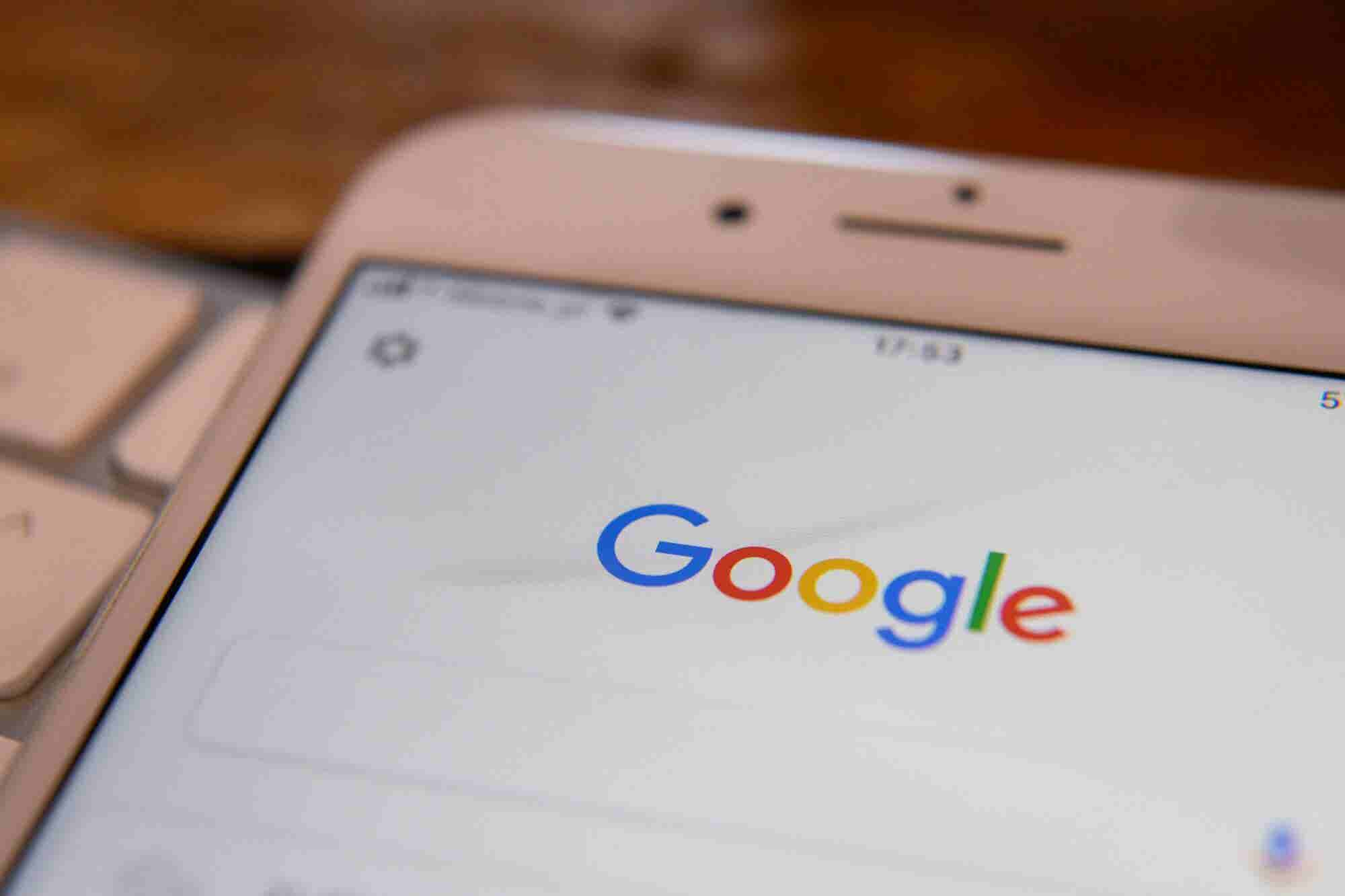 Here's How to Turn Off Google's Saved Searches and Personalized Results