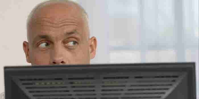Te decimos cómo evitar que otros lean tus correos en Gmail