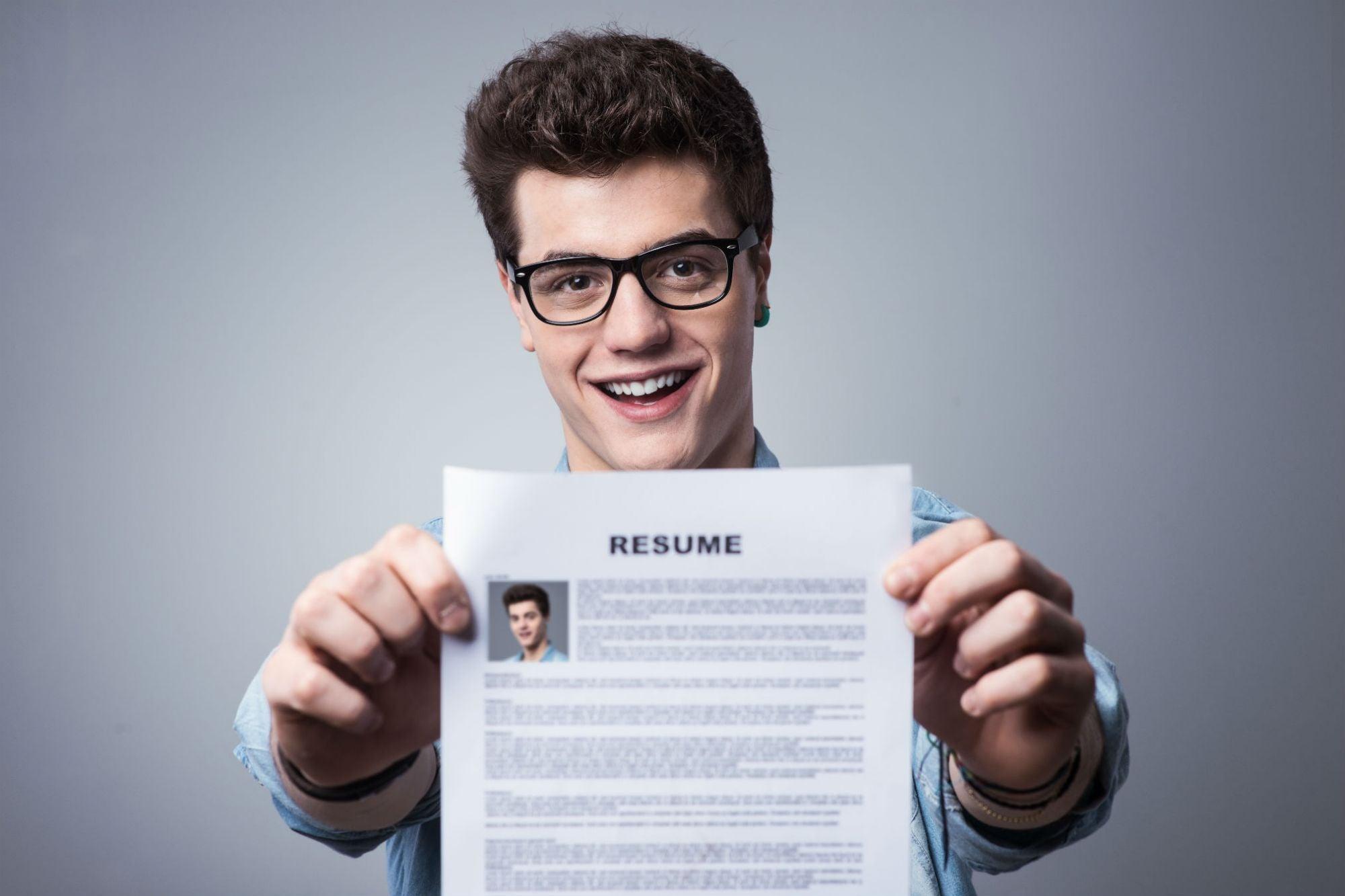 La guía básica de 4 puntos que necesitas para escribir el CV ...