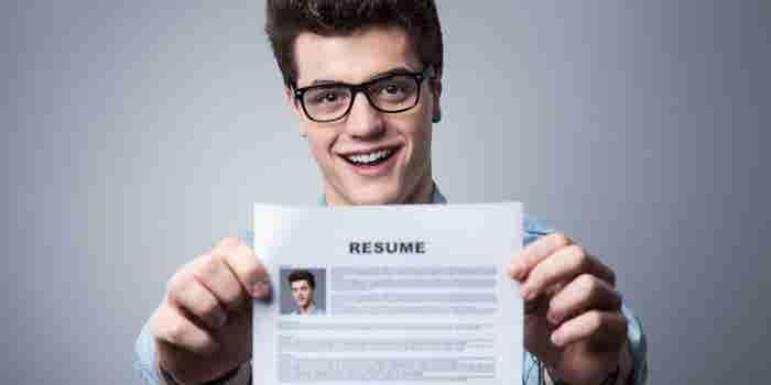 La guía básica de 4 puntos que necesitas para escribir el CV perfecto (y que sí te contraten)