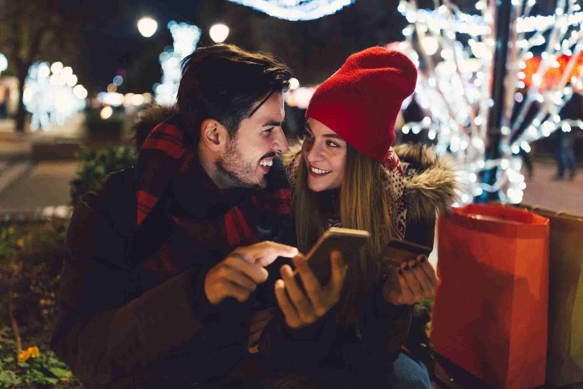 5 Online Shopping Trends to Watch This Holiday Season