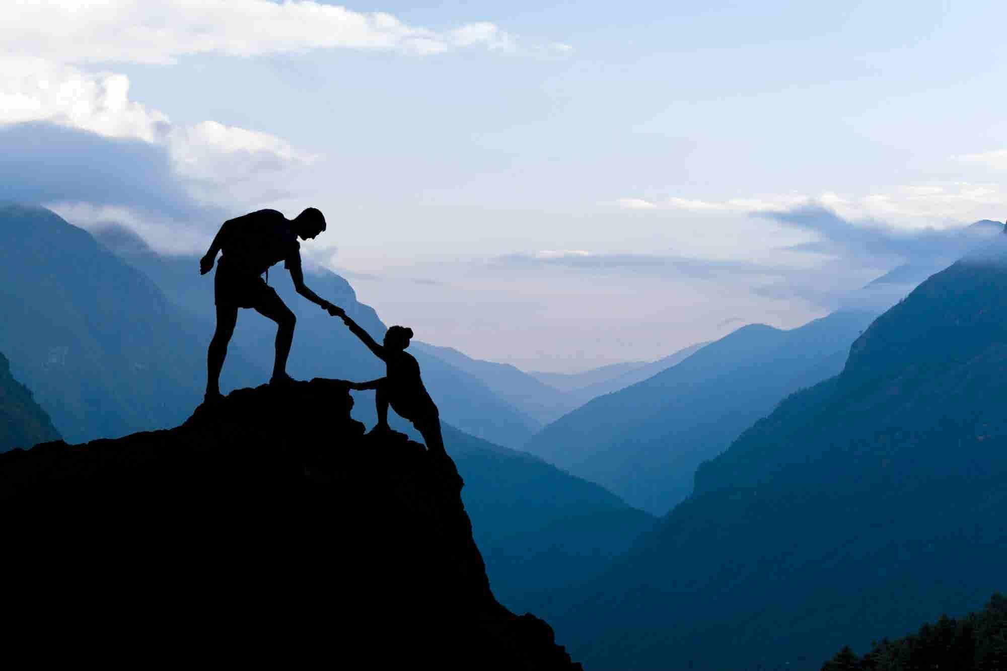 Cómo hacer crecer tu negocio empoderando a otros
