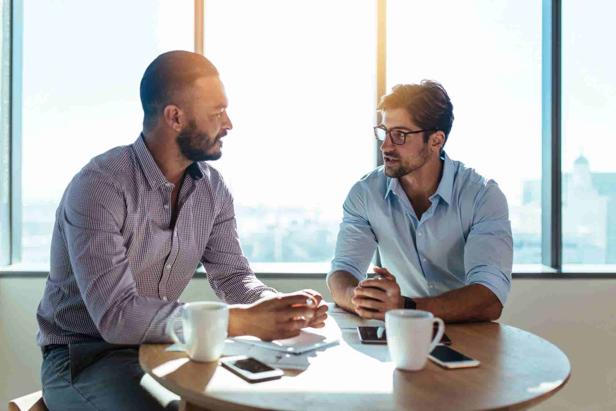 5 Ways to Use Eye Contact in a Business Meeting to Get What You Want