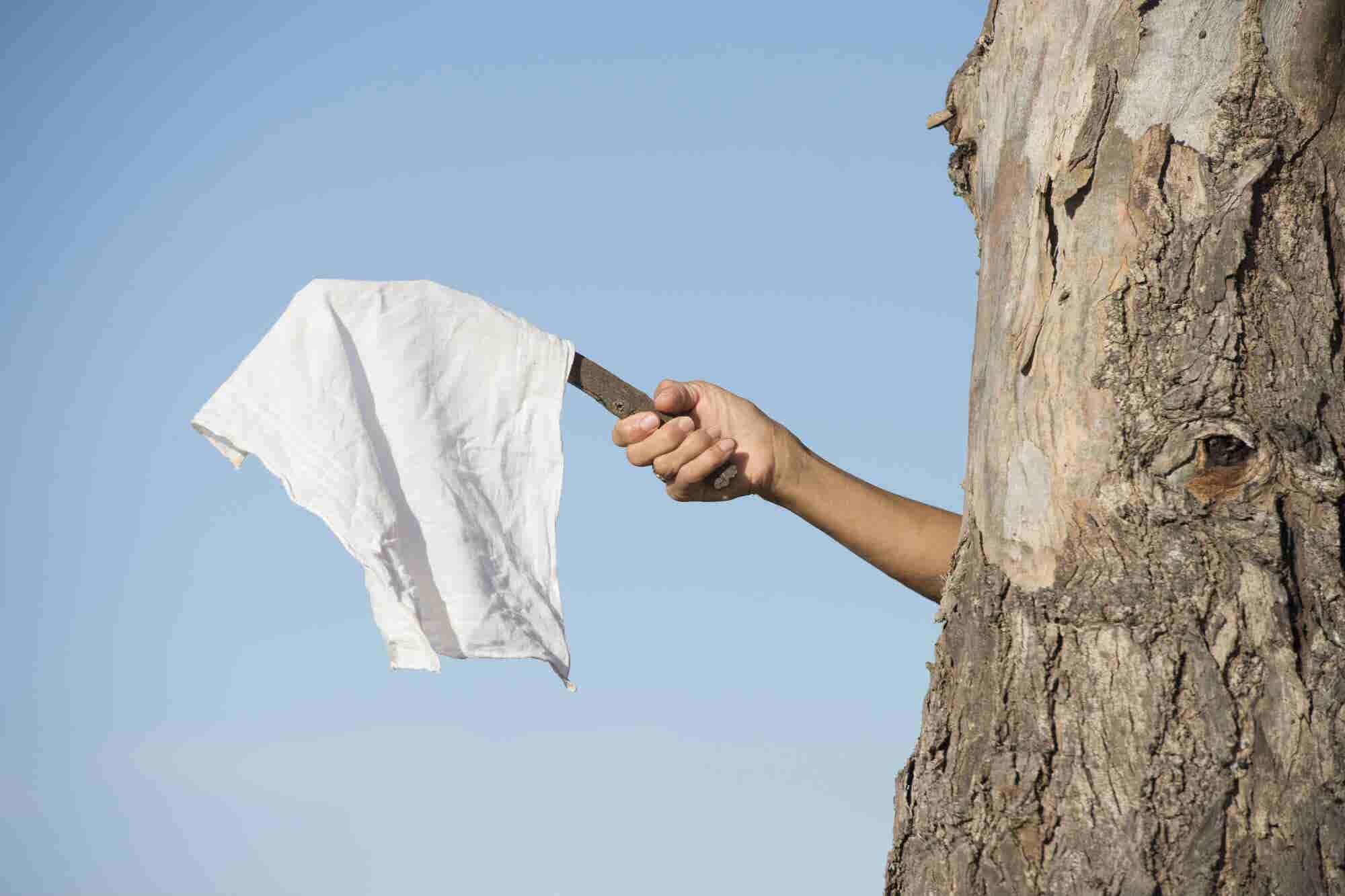 ¿Debes abandonar tu idea de negocio? Checa estos tips antes de 'tirar la toalla'
