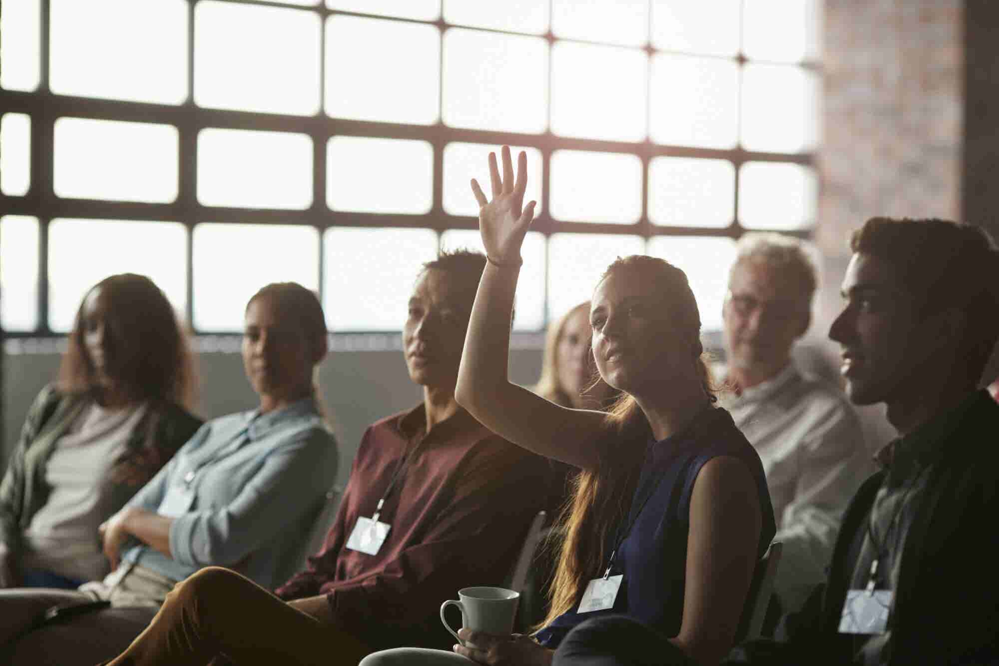 The Best Way to Respond to Questions After a Presentation or Meeting