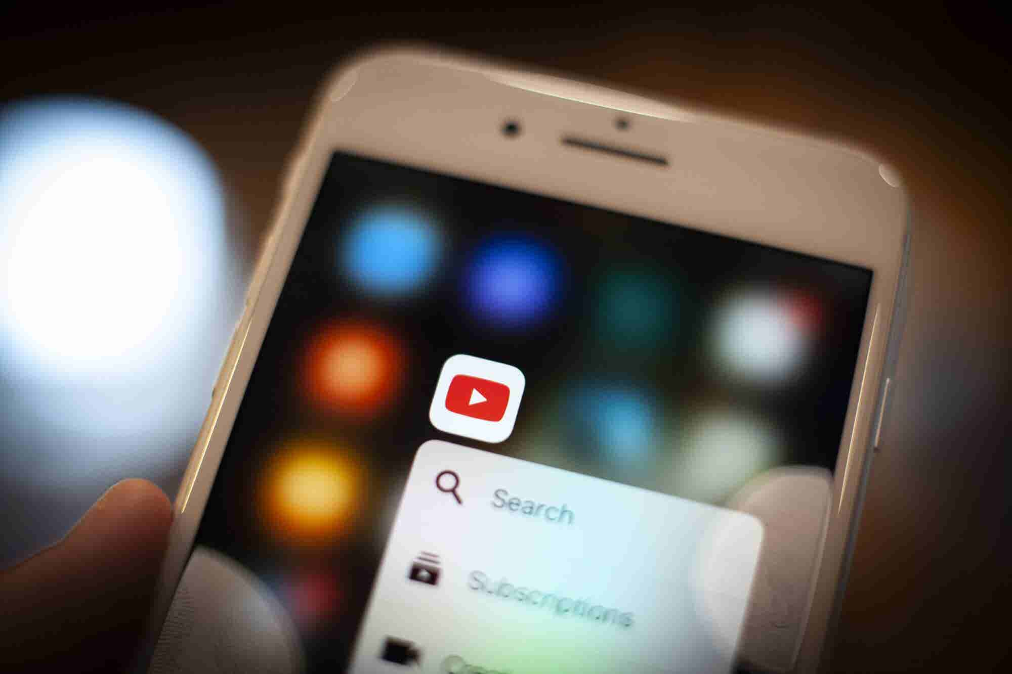 10 Inspirational and Motivational YouTube Channels You Should Watch