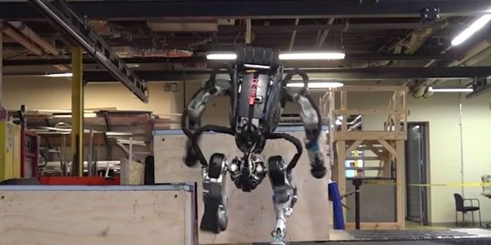 Watch Boston Dynamics' Atlas Robot Do Parkour