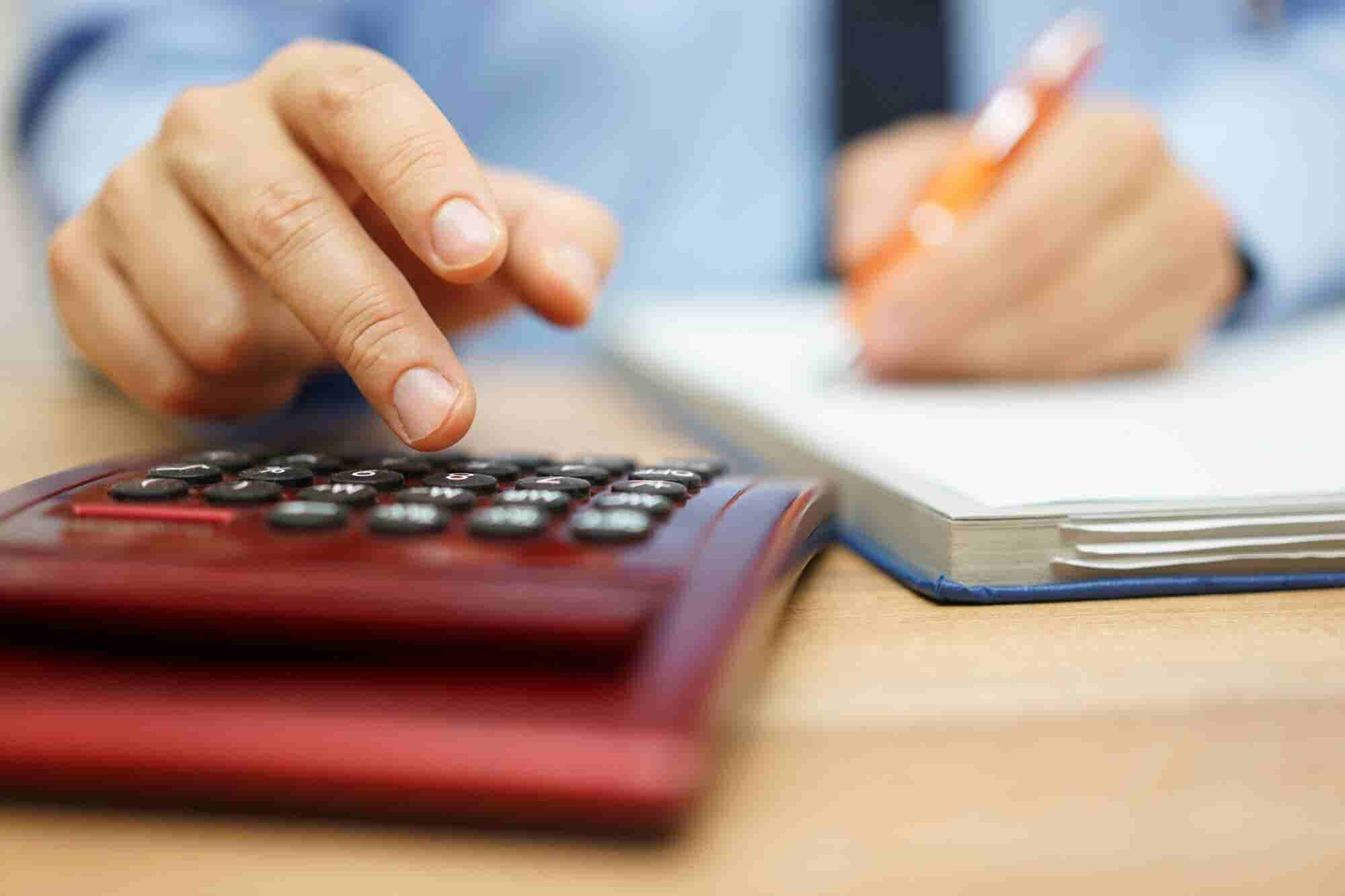 Do You know 'Accounting Software' Can Save Your Crucial Business Hours?