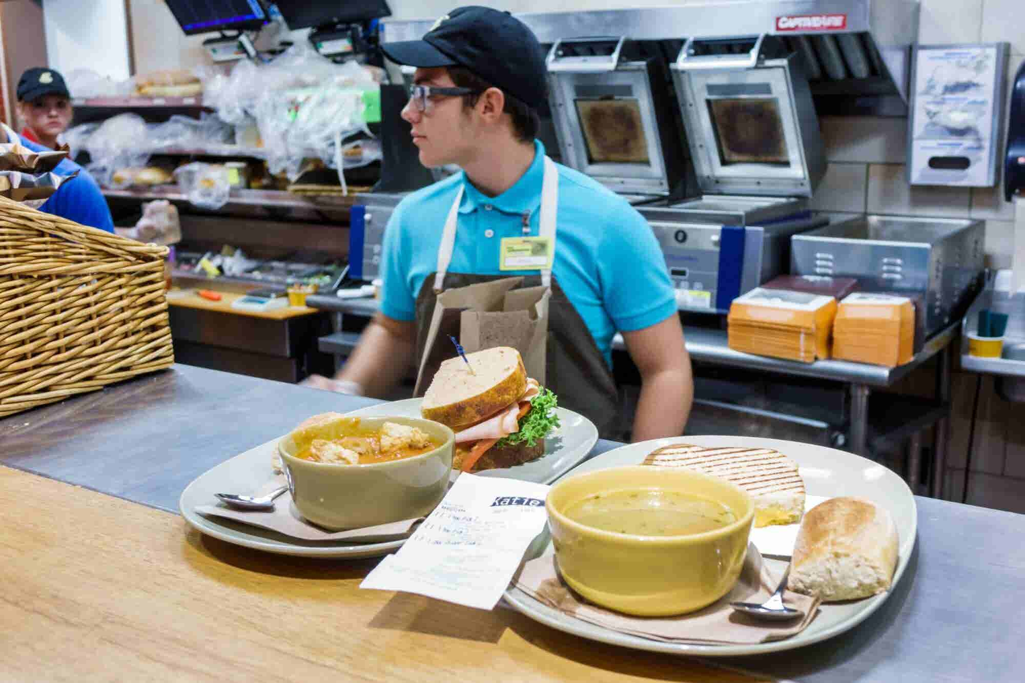 As Restaurant Chains End 'No-Poach' Policies, How Will Franchisees Retain Trained Employees?