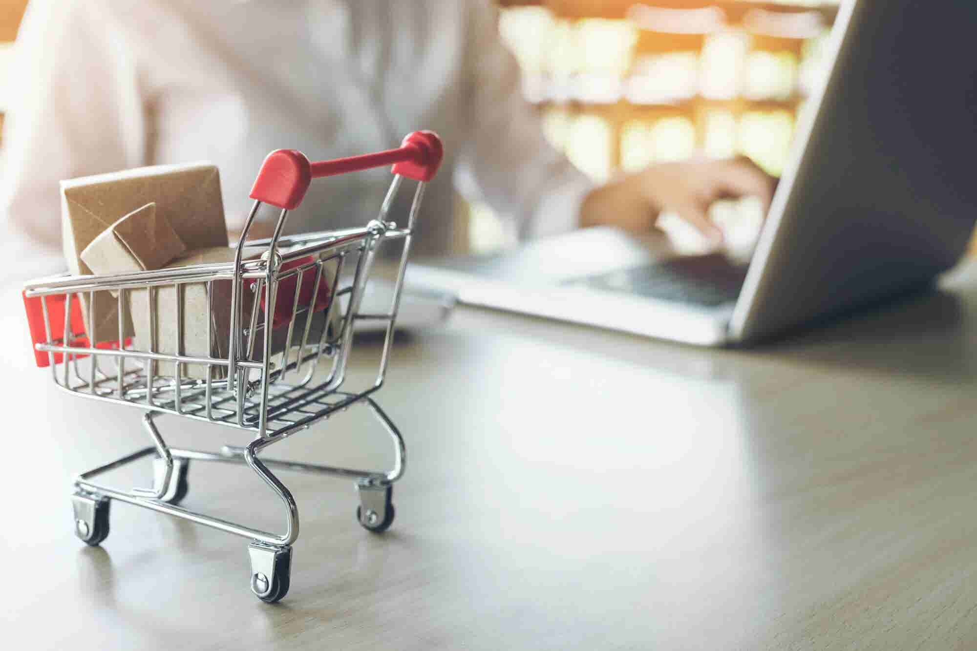 4 Apps to Supercharge Your Ecommerce Site for the Holiday Season