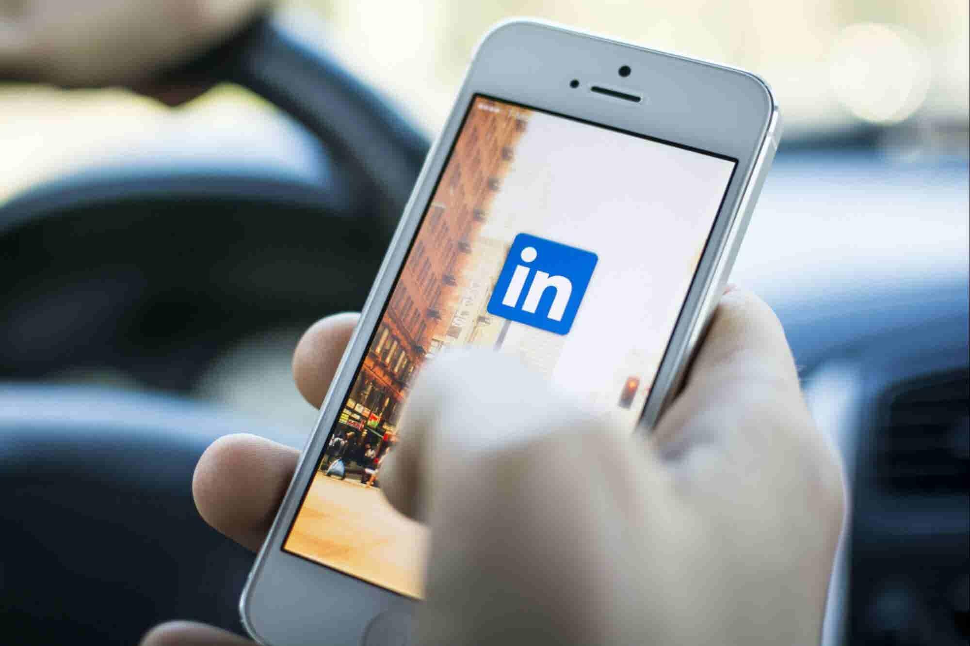 ¡Ya puedes usar LinkedIn para anunciarte! Aquí te decimos cómo