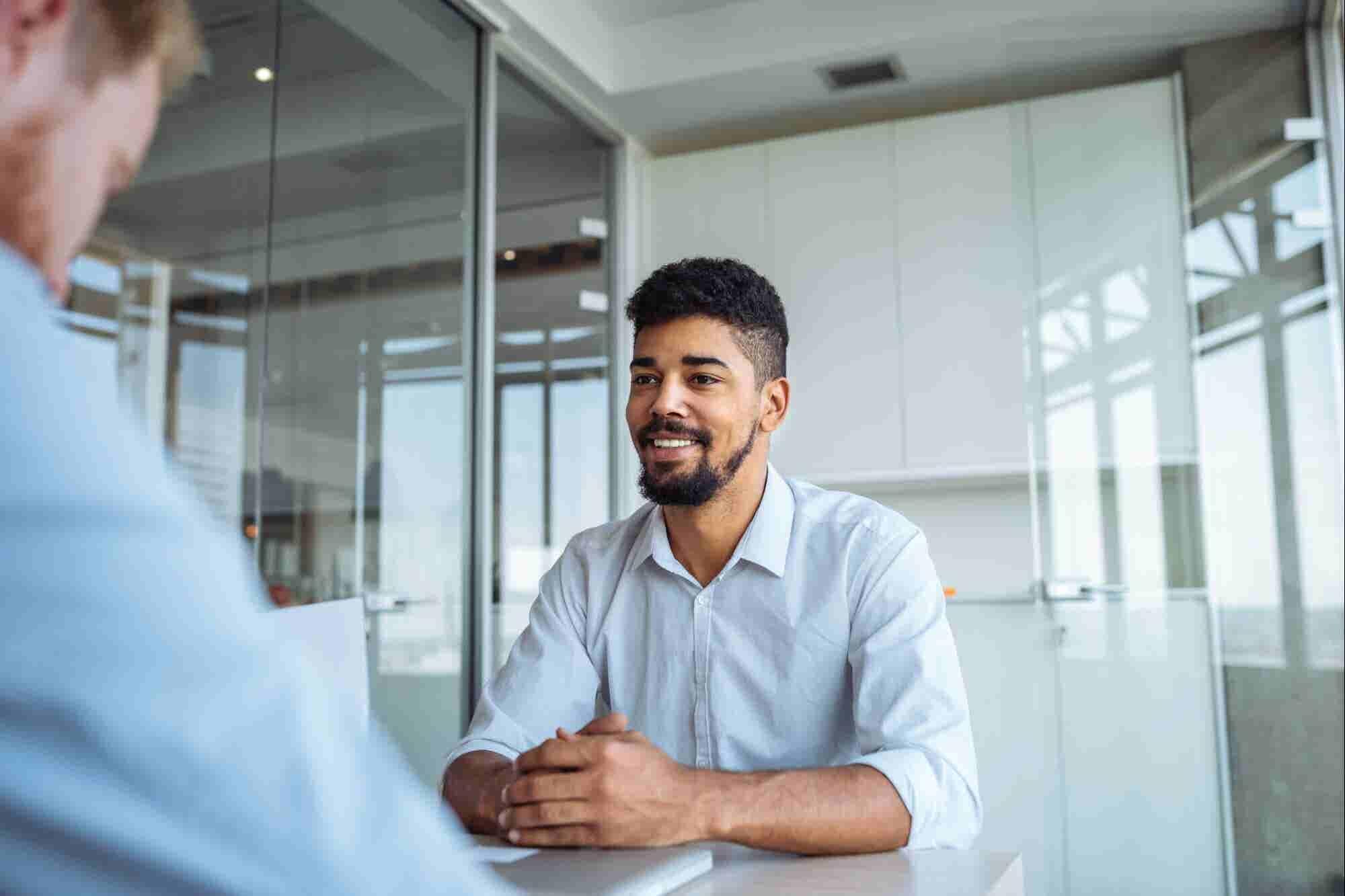 12 palabras poderosas que debes decir en tu próxima entrevista para que te contraten