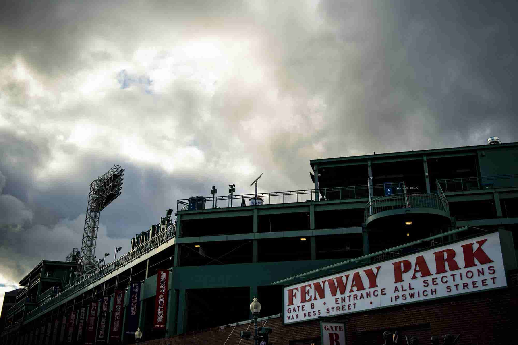 5 Sales Lessons From Vendors Hawking World Series Merch Outside Fenway...