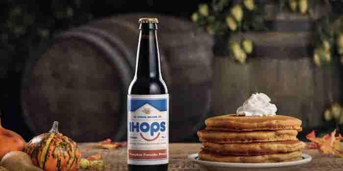 IHOP abre un restaurante con bar incluido